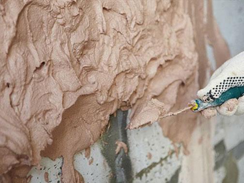 Как заштукатурить кирпичную стену для укладки плитки? 2 требования к раствору