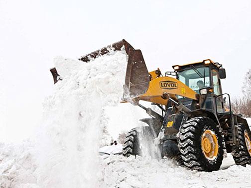 Комплексная уборка снега: борьба с непогодой